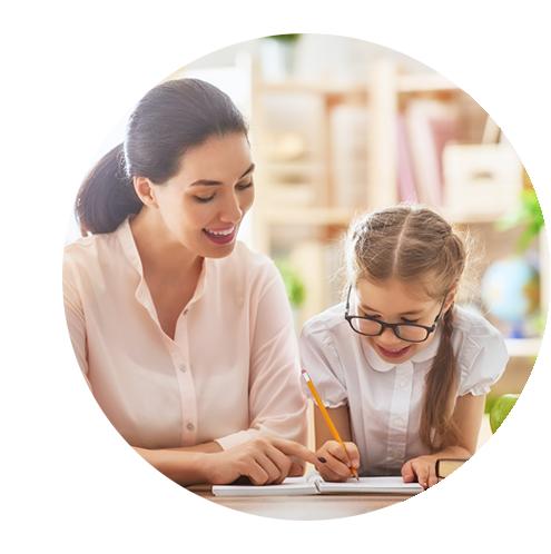 servizio genitori insegnare bambini studiare da soli